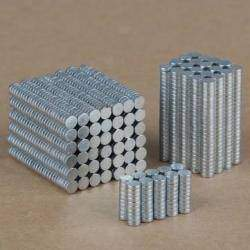 Микрообзор микромагнитов 100PCS 3mm x 1mm N35 Rare Earth Neodymium Super Strong Magnets