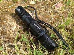 Nitecore MH12 - мощный фонарик+зарядка+аккумулятор
