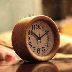 Классический будильник T- Lab's в деревянном корпусе